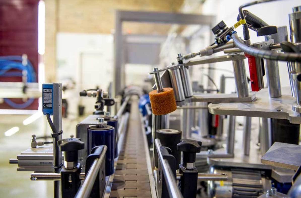 Beercar-Barcelona-Fabrica-Interior-Produccion-Embotellado@2x