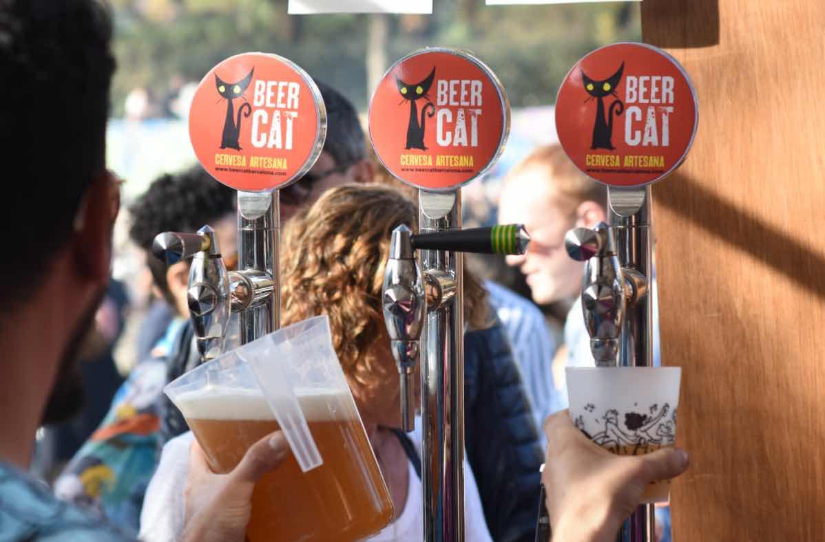Beercar-Barcelona-Food-truck-surtidor-cerveza@2x